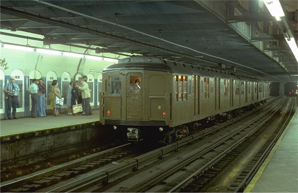 (199k, 1024x663)<br><b>Country:</b> United States<br><b>City:</b> New York<br><b>System:</b> New York City Transit<br><b>Line:</b> IND 8th Avenue Line<br><b>Location:</b> 181st Street<br><b>Route:</b> Fan Trip<br><b>Car:</b> BMT A/B-Type Standard 2392 <br><b>Photo by:</b> Steve Zabel<br><b>Collection of:</b> Joe Testagrose<br><b>Date:</b> 5/21/1978<br><b>Viewed (this week/total):</b> 0 / 6605