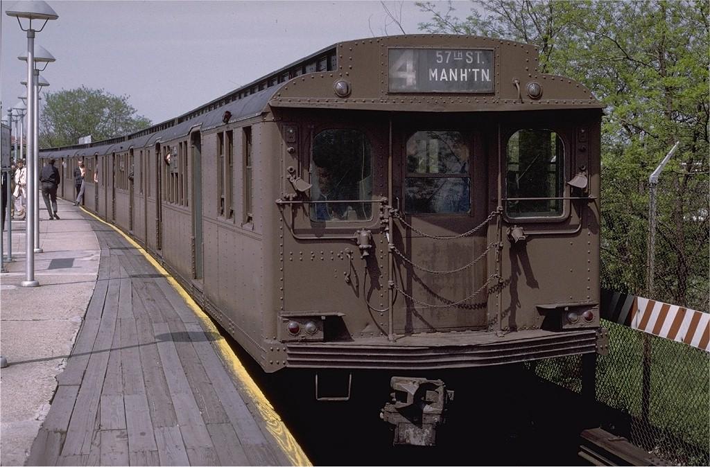 (231k, 1024x674)<br><b>Country:</b> United States<br><b>City:</b> New York<br><b>System:</b> New York City Transit<br><b>Line:</b> BMT Brighton Line<br><b>Location:</b> Sheepshead Bay<br><b>Route:</b> Fan Trip<br><b>Car:</b> BMT D-Type Triplex 6095 <br><b>Photo by:</b> Joe Testagrose<br><b>Date:</b> 5/18/1975<br><b>Viewed (this week/total):</b> 0 / 4132