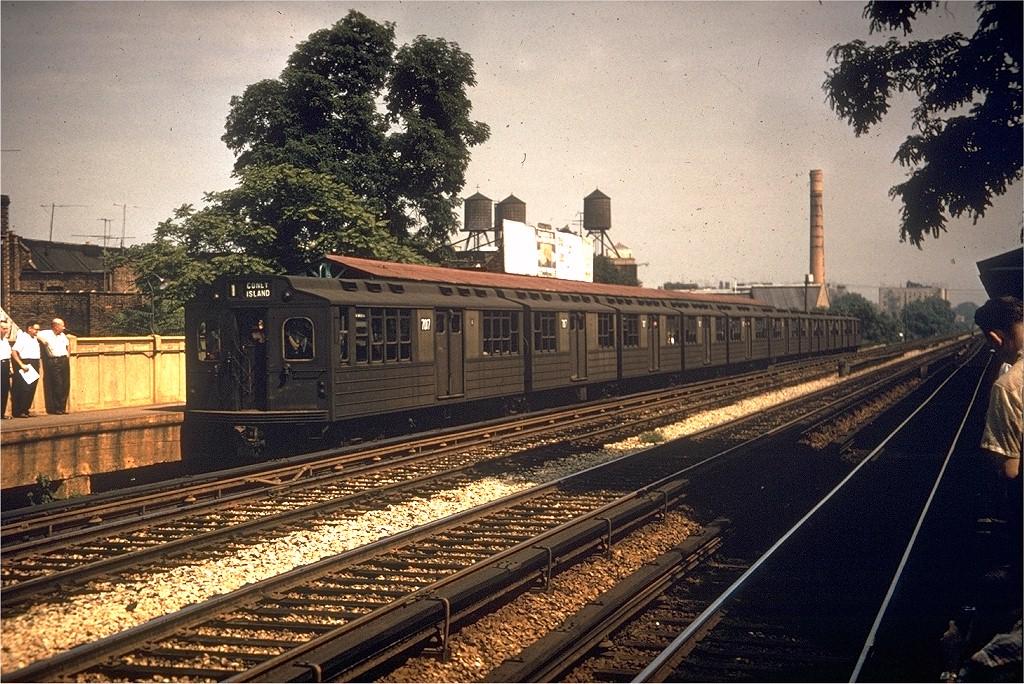 (287k, 1024x684)<br><b>Country:</b> United States<br><b>City:</b> New York<br><b>System:</b> New York City Transit<br><b>Line:</b> BMT Brighton Line<br><b>Location:</b> Avenue M<br><b>Route:</b> Fan Trip<br><b>Car:</b> BMT Multisection 7017 <br><b>Collection of:</b> Joe Testagrose<br><b>Date:</b> 7/22/1961<br><b>Viewed (this week/total):</b> 0 / 4708