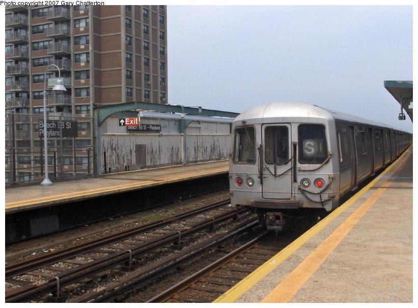 (108k, 820x605)<br><b>Country:</b> United States<br><b>City:</b> New York<br><b>System:</b> New York City Transit<br><b>Line:</b> IND Rockaway Line<br><b>Location:</b> Beach 98th Street/Playland<br><b>Route:</b> S<br><b>Car:</b> R-44 (St. Louis, 1971-73) 5388 <br><b>Photo by:</b> Gary Chatterton<br><b>Date:</b> 6/17/2006<br><b>Viewed (this week/total):</b> 0 / 3204