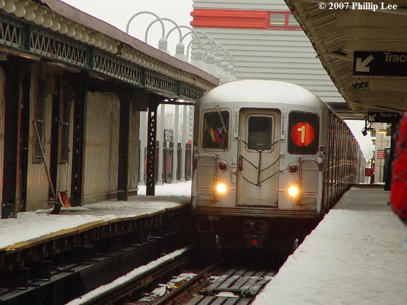 (91k, 800x600)<br><b>Country:</b> United States<br><b>City:</b> New York<br><b>System:</b> New York City Transit<br><b>Line:</b> IRT West Side Line<br><b>Location:</b> 242nd Street/Van Cortlandt Park<br><b>Route:</b> 1<br><b>Car:</b> R-62A (Bombardier, 1984-1987)  <br><b>Photo by:</b> Phillip Lee<br><b>Date:</b> 2/14/2007<br><b>Viewed (this week/total):</b> 2 / 4983