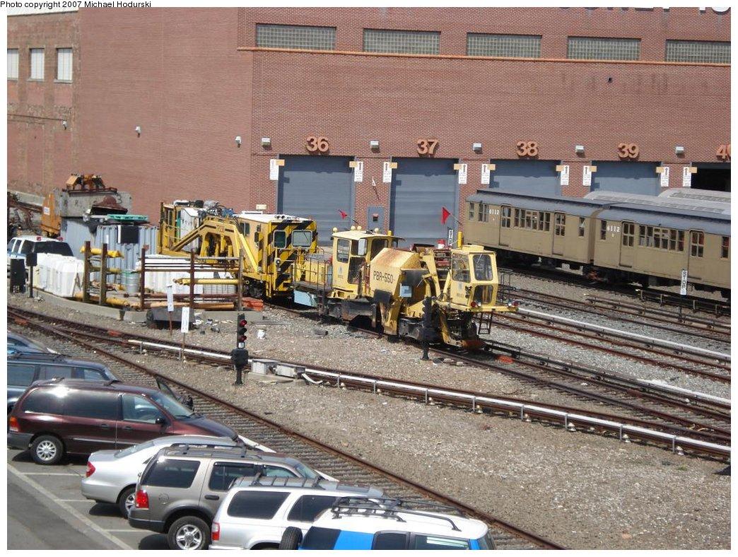 (249k, 1044x788)<br><b>Country:</b> United States<br><b>City:</b> New York<br><b>System:</b> New York City Transit<br><b>Location:</b> Coney Island Yard<br><b>Car:</b> R-125 Ballast Regulator PBR-550 <br><b>Photo by:</b> Michael Hodurski<br><b>Date:</b> 4/14/2007<br><b>Viewed (this week/total):</b> 0 / 2689