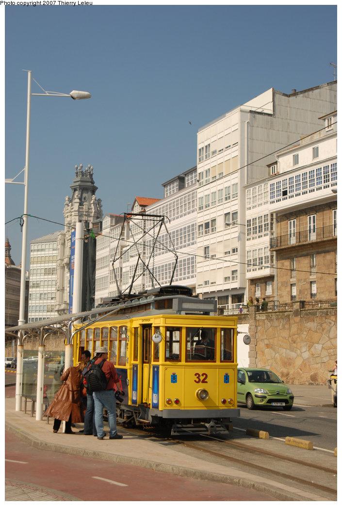 (216k, 705x1043)<br><b>Country:</b> Spain<br><b>City:</b> La Coruña<br><b>System:</b> Tranvia de La Coruña<br><b>Car:</b>  32 <br><b>Photo by:</b> Thierry Leleu<br><b>Date:</b> 4/8/2007<br><b>Viewed (this week/total):</b> 2 / 1566
