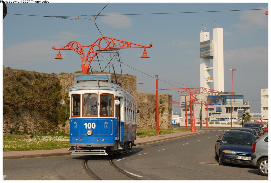 (205k, 1044x705)<br><b>Country:</b> Spain<br><b>City:</b> La Coruña<br><b>System:</b> Tranvia de La Coruña<br><b>Car:</b>  100 <br><b>Photo by:</b> Thierry Leleu<br><b>Date:</b> 4/8/2007<br><b>Viewed (this week/total):</b> 1 / 1513