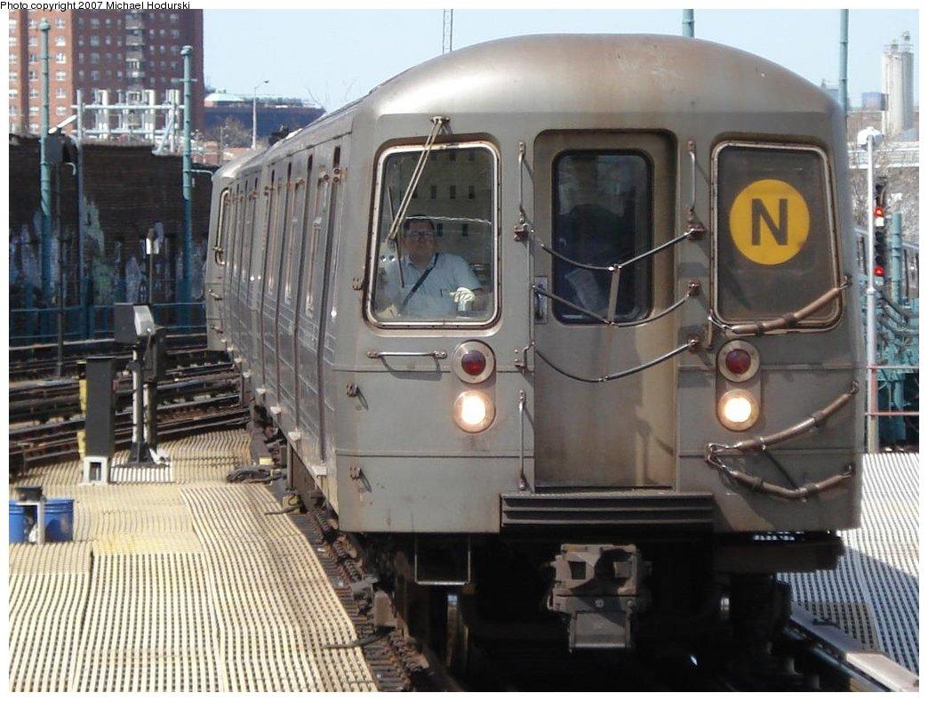 (180k, 1044x788)<br><b>Country:</b> United States<br><b>City:</b> New York<br><b>System:</b> New York City Transit<br><b>Location:</b> Coney Island/Stillwell Avenue<br><b>Route:</b> N<br><b>Car:</b> R-68A (Kawasaki, 1988-1989) 5150 <br><b>Photo by:</b> Michael Hodurski<br><b>Date:</b> 4/21/2007<br><b>Viewed (this week/total):</b> 2 / 2352