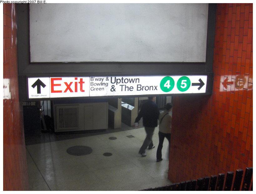 (82k, 820x622)<br><b>Country:</b> United States<br><b>City:</b> New York<br><b>System:</b> New York City Transit<br><b>Line:</b> IRT East Side Line<br><b>Location:</b> Bowling Green<br><b>Photo by:</b> Bill E.<br><b>Date:</b> 5/5/2007<br><b>Notes:</b> View of underpass fare control area.<br><b>Viewed (this week/total):</b> 1 / 6872