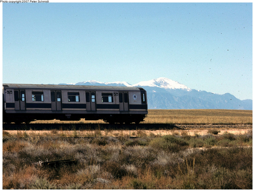 (209k, 1020x768)<br><b>Country:</b> United States<br><b>City:</b> New York<br><b>System:</b> New York City Transit<br><b>Location:</b> US DOT Test Facility, Pueblo, Colorado<br><b>Car:</b> R-42 (St. Louis, 1969-1970) 4764 <br><b>Photo by:</b> Peter Schmidt<br><b>Date:</b> 10/1978<br><b>Notes:</b> With Pikes Peak in background.<br><b>Viewed (this week/total):</b> 11 / 5131