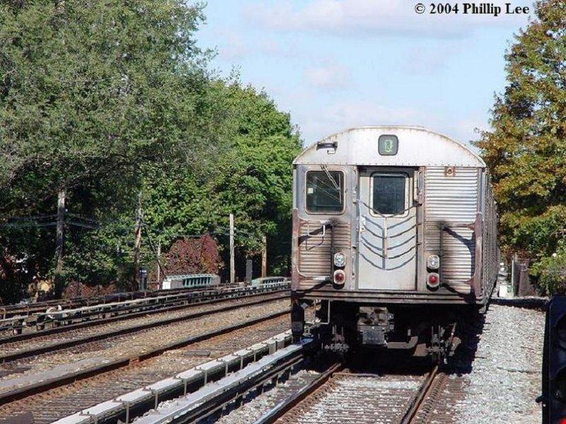 (154k, 800x600)<br><b>Country:</b> United States<br><b>City:</b> New York<br><b>System:</b> New York City Transit<br><b>Line:</b> BMT Brighton Line<br><b>Location:</b> Avenue U<br><b>Route:</b> Q<br><b>Car:</b> R-32 (Budd, 1964)  <br><b>Photo by:</b> Phillip Lee<br><b>Date:</b> 10/24/2004<br><b>Viewed (this week/total):</b> 3 / 4325