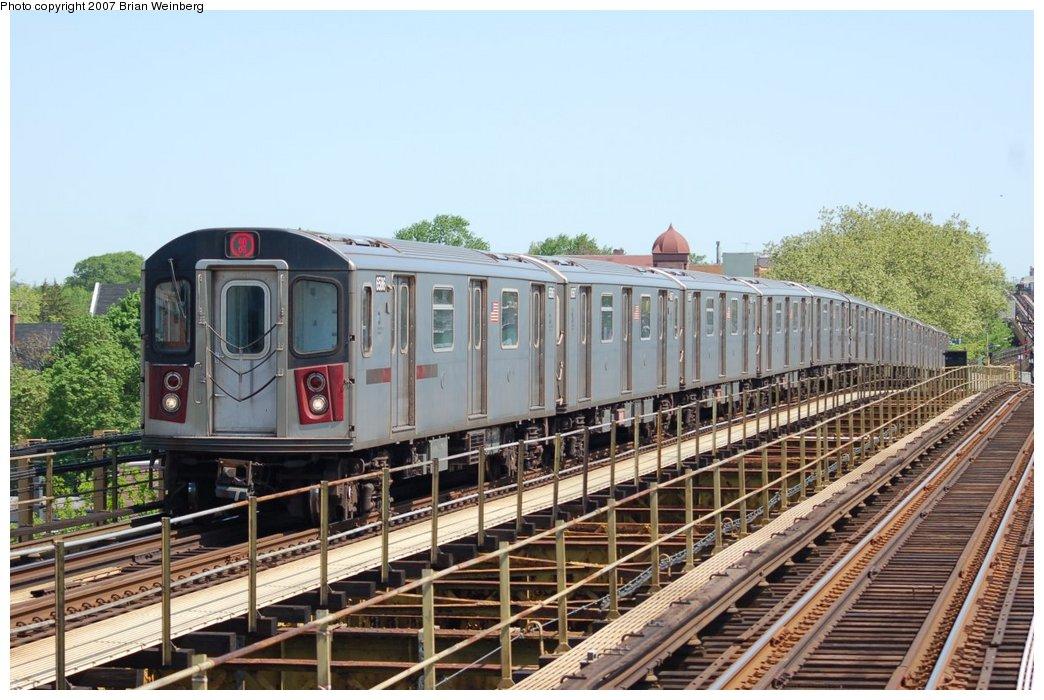 (230k, 1044x700)<br><b>Country:</b> United States<br><b>City:</b> New York<br><b>System:</b> New York City Transit<br><b>Line:</b> IRT White Plains Road Line<br><b>Location:</b> Gun Hill Road<br><b>Route:</b> 2<br><b>Car:</b> R-142 (Primary Order, Bombardier, 1999-2002) 6586 <br><b>Photo by:</b> Brian Weinberg<br><b>Date:</b> 5/13/2007<br><b>Viewed (this week/total):</b> 0 / 3765