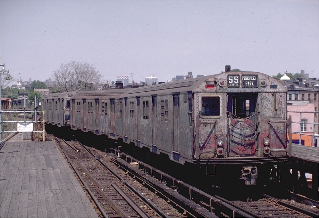 (202k, 1024x699)<br><b>Country:</b> United States<br><b>City:</b> New York<br><b>System:</b> New York City Transit<br><b>Line:</b> BMT Franklin Shuttle<br><b>Location:</b> Dean Street<br><b>Route:</b> Franklin Shuttle<br><b>Car:</b> R-30 (St. Louis, 1961) 8353 <br><b>Photo by:</b> Steve Zabel<br><b>Collection of:</b> Joe Testagrose<br><b>Date:</b> 7/10/1982<br><b>Viewed (this week/total):</b> 0 / 5898