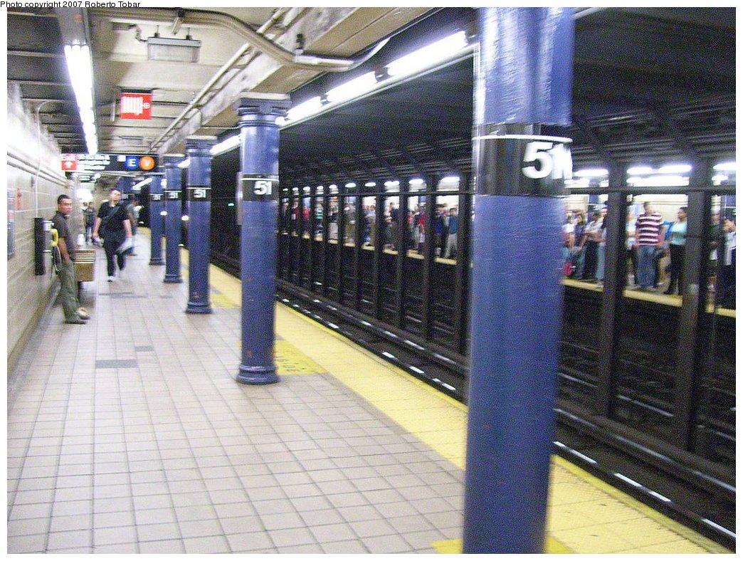 (251k, 1044x788)<br><b>Country:</b> United States<br><b>City:</b> New York<br><b>System:</b> New York City Transit<br><b>Line:</b> IRT East Side Line<br><b>Location:</b> 51st Street<br><b>Photo by:</b> Roberto C. Tobar<br><b>Date:</b> 6/1/2007<br><b>Viewed (this week/total):</b> 1 / 2878