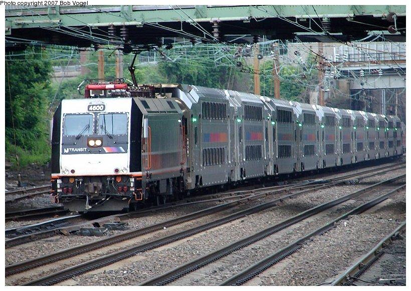 (152k, 820x581)<br><b>Country:</b> United States<br><b>System:</b> Northeast Corridor (NJ) (Amtrak/NJTransit)<br><b>Line:</b> Northeast Corridor<br><b>Location:</b> Trenton<br><b>Car:</b> NJT ALP-46 4600 <br><b>Photo by:</b> Bob Vogel<br><b>Date:</b> 6/25/2007<br><b>Viewed (this week/total):</b> 2 / 3390