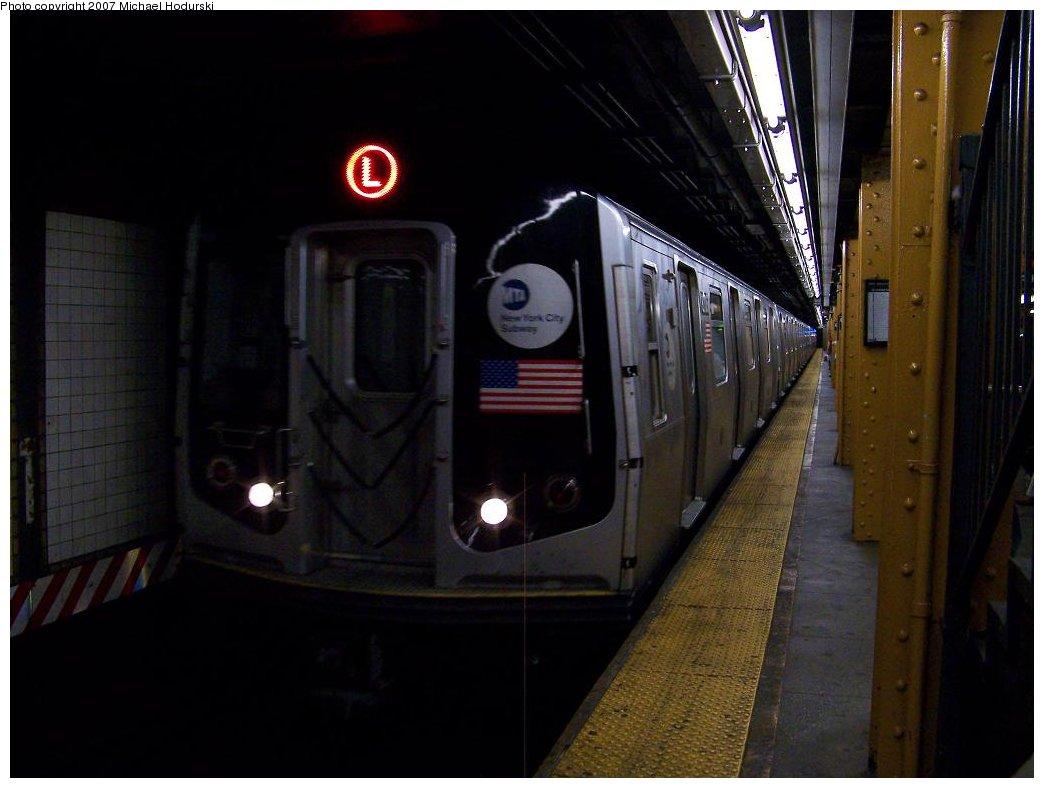 (132k, 1044x788)<br><b>Country:</b> United States<br><b>City:</b> New York<br><b>System:</b> New York City Transit<br><b>Line:</b> BMT Canarsie Line<br><b>Location:</b> 6th Avenue<br><b>Route:</b> L<br><b>Car:</b> R-143 (Kawasaki, 2001-2002) 8x25 <br><b>Photo by:</b> Michael Hodurski<br><b>Date:</b> 6/22/2007<br><b>Viewed (this week/total):</b> 0 / 2774