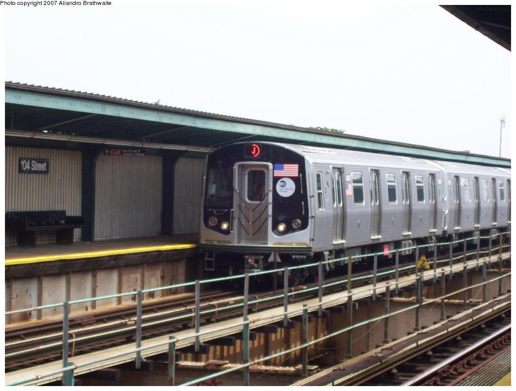 (159k, 1044x791)<br><b>Country:</b> United States<br><b>City:</b> New York<br><b>System:</b> New York City Transit<br><b>Line:</b> BMT Nassau Street-Jamaica Line<br><b>Location:</b> 102nd-104th Streets<br><b>Route:</b> J<br><b>Car:</b> R-160A-1 (Alstom, 2005-2008, 4 car sets) 8340 <br><b>Photo by:</b> Aliandro Brathwaite<br><b>Date:</b> 6/28/2007<br><b>Viewed (this week/total):</b> 3 / 4827