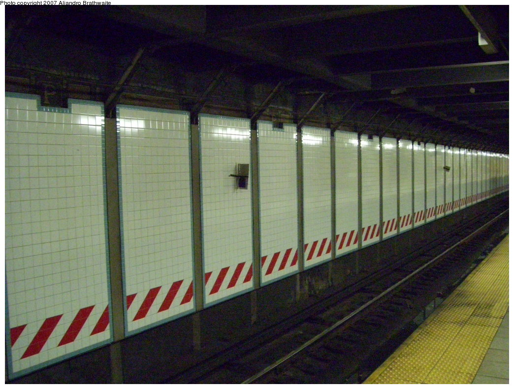 (201k, 1044x791)<br><b>Country:</b> United States<br><b>City:</b> New York<br><b>System:</b> New York City Transit<br><b>Line:</b> IRT Brooklyn Line<br><b>Location:</b> Grand Army Plaza<br><b>Photo by:</b> Aliandro Brathwaite<br><b>Date:</b> 7/24/2007<br><b>Notes:</b> Wall tile.<br><b>Viewed (this week/total):</b> 1 / 2535