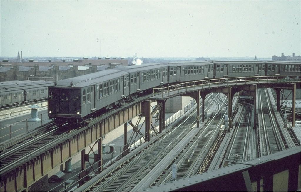 (198k, 1024x654)<br><b>Country:</b> United States<br><b>City:</b> New York<br><b>System:</b> New York City Transit<br><b>Line:</b> BMT Nassau Street-Jamaica Line<br><b>Location:</b> Broadway/East New York (Broadway Junction)<br><b>Route:</b> Fan Trip<br><b>Car:</b> BMT Q 1602 <br><b>Collection of:</b> Joe Testagrose<br><b>Date:</b> 3/22/1969<br><b>Viewed (this week/total):</b> 0 / 3699