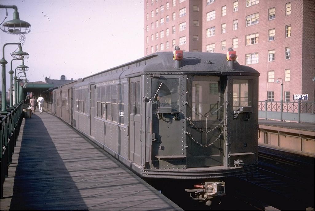 (181k, 1024x687)<br><b>Country:</b> United States<br><b>City:</b> New York<br><b>System:</b> New York City Transit<br><b>Line:</b> 3rd Avenue El<br><b>Location:</b> 169th Street<br><b>Route:</b> Fan Trip<br><b>Car:</b> Low-V (Museum Train) 5292 <br><b>Photo by:</b> Doug Grotjahn<br><b>Collection of:</b> Joe Testagrose<br><b>Date:</b> 4/6/1968<br><b>Viewed (this week/total):</b> 1 / 3752