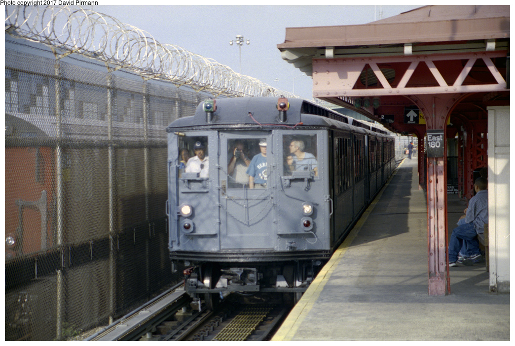 (384k, 1044x703)<br><b>Country:</b> United States<br><b>City:</b> New York<br><b>System:</b> New York City Transit<br><b>Line:</b> IRT White Plains Road Line<br><b>Location:</b> East 180th Street<br><b>Route:</b> Fan Trip<br><b>Car:</b> Low-V (Museum Train) 5443 <br><b>Photo by:</b> David Pirmann<br><b>Date:</b> 9/13/1998<br><b>Viewed (this week/total):</b> 1 / 3466