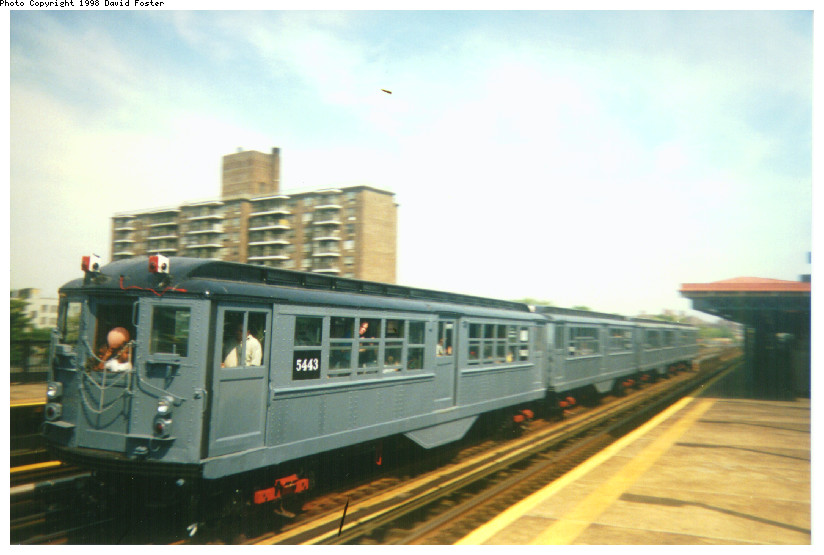 (113k, 824x555)<br><b>Country:</b> United States<br><b>City:</b> New York<br><b>System:</b> New York City Transit<br><b>Line:</b> IRT Pelham Line<br><b>Location:</b> Morrison/Soundview Aves.<br><b>Route:</b> Fan Trip<br><b>Car:</b> Low-V (Museum Train) 5443 <br><b>Photo by:</b> David Foster<br><b>Date:</b> 9/13/1998<br><b>Viewed (this week/total):</b> 3 / 4785