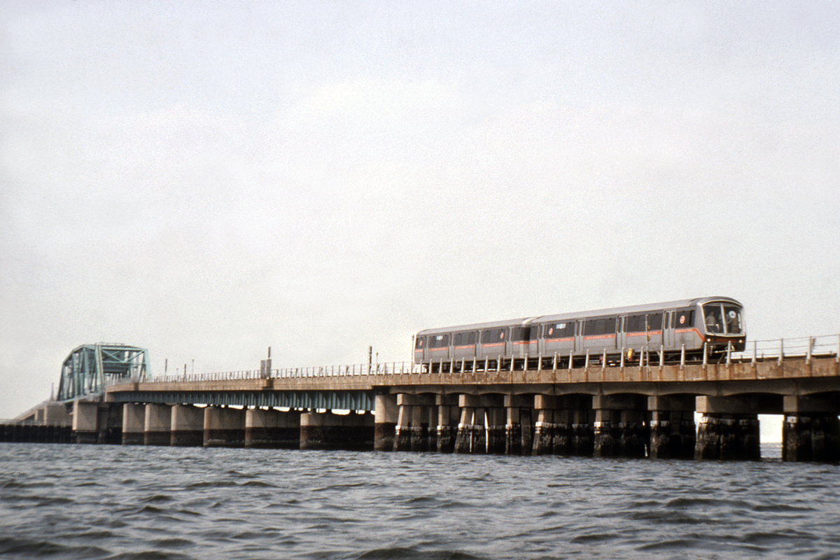 (395k, 1200x800)<br><b>Country:</b> United States<br><b>City:</b> New York<br><b>System:</b> New York City Transit<br><b>Line:</b> IND Rockaway Line<br><b>Location:</b> Jamaica Bay Crossing<br><b>Car:</b> SOAC  <br><b>Collection of:</b> David Pirmann<br><b>Date:</b> 7/1974<br><b>Viewed (this week/total):</b> 0 / 8456