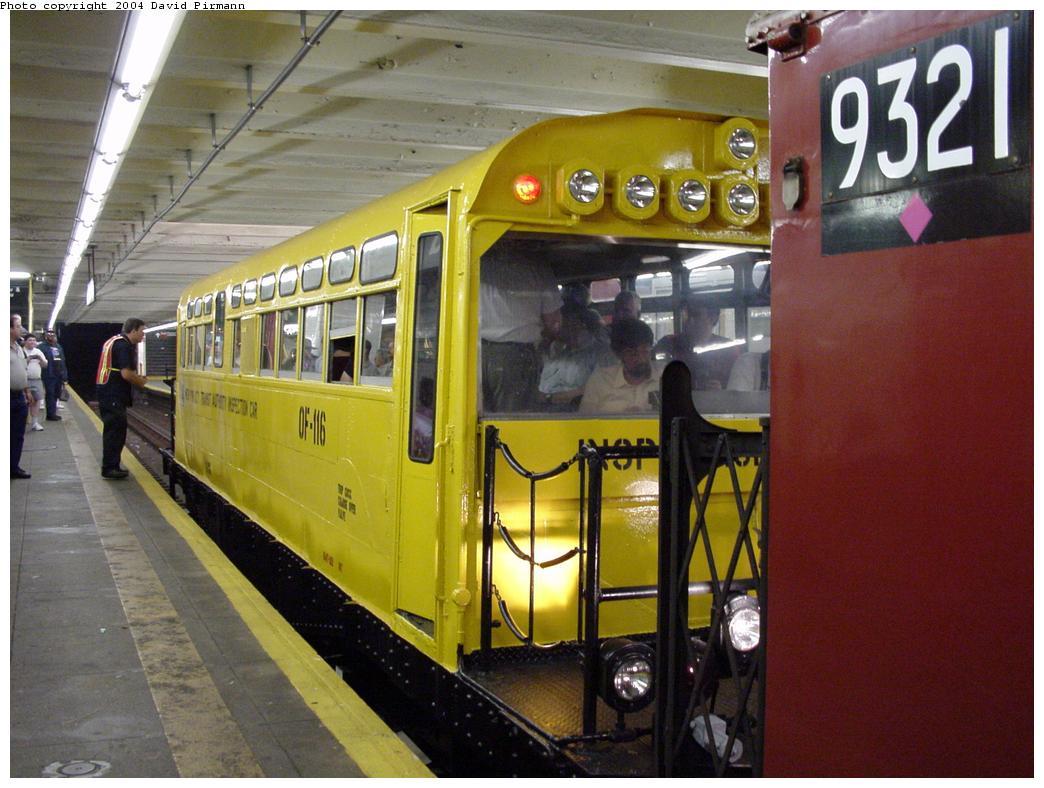 (122k, 1044x788)<br><b>Country:</b> United States<br><b>City:</b> New York<br><b>System:</b> New York City Transit<br><b>Line:</b> IND Crosstown Line<br><b>Location:</b> Bedford/Nostrand Aves.<br><b>Route:</b> Fan Trip<br><b>Car:</b> Observation Car 0F116 <br><b>Photo by:</b> David Pirmann<br><b>Date:</b> 8/27/2000<br><b>Viewed (this week/total):</b> 0 / 8625