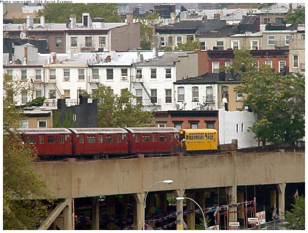 (152k, 1044x788)<br><b>Country:</b> United States<br><b>City:</b> New York<br><b>System:</b> New York City Transit<br><b>Line:</b> IND Crosstown Line<br><b>Location:</b> Smith/9th Street<br><b>Route:</b> Fan Trip<br><b>Car:</b> Observation Car 0F116 <br><b>Photo by:</b> David Pirmann<br><b>Date:</b> 8/27/2000<br><b>Viewed (this week/total):</b> 0 / 9062