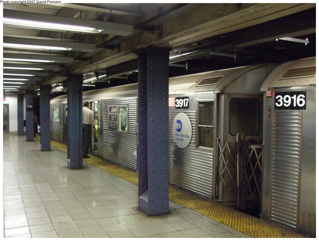 (169k, 1044x788)<br><b>Country:</b> United States<br><b>City:</b> New York<br><b>System:</b> New York City Transit<br><b>Line:</b> IND Queens Boulevard Line<br><b>Location:</b> 7th Avenue/53rd Street<br><b>Route:</b> E<br><b>Car:</b> R-32 (Budd, 1964) 3917 <br><b>Photo by:</b> David Pirmann<br><b>Date:</b> 8/3/2007<br><b>Viewed (this week/total):</b> 5 / 2791