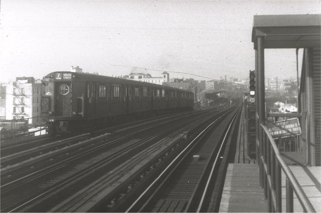 (167k, 1024x680)<br><b>Country:</b> United States<br><b>City:</b> New York<br><b>System:</b> New York City Transit<br><b>Line:</b> IRT Flushing Line<br><b>Location:</b> 74th Street/Broadway<br><b>Route:</b> 7<br><b>Car:</b> R-15 (American Car & Foundry, 1950)  <br><b>Collection of:</b> Joe Testagrose<br><b>Viewed (this week/total):</b> 0 / 3005