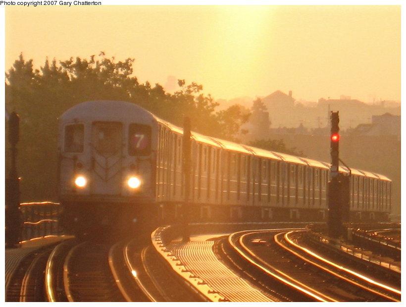 (88k, 820x620)<br><b>Country:</b> United States<br><b>City:</b> New York<br><b>System:</b> New York City Transit<br><b>Line:</b> IRT Flushing Line<br><b>Location:</b> 52nd Street/Lincoln Avenue<br><b>Route:</b> 7<br><b>Car:</b> R-62A (Bombardier, 1984-1987) 1755 <br><b>Photo by:</b> Gary Chatterton<br><b>Date:</b> 8/7/2007<br><b>Notes:</b> Sunrise<br><b>Viewed (this week/total):</b> 1 / 2071