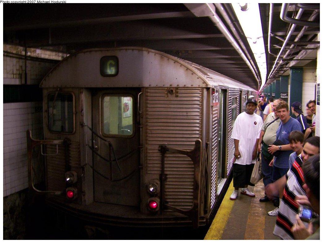 (158k, 1044x788)<br><b>Country:</b> United States<br><b>City:</b> New York<br><b>System:</b> New York City Transit<br><b>Line:</b> IND Crosstown Line<br><b>Location:</b> Court Square<br><b>Route:</b> G<br><b>Car:</b> R-32 (Budd, 1964) 3731 <br><b>Photo by:</b> Michael Hodurski<br><b>Date:</b> 8/12/2007<br><b>Viewed (this week/total):</b> 5 / 3922