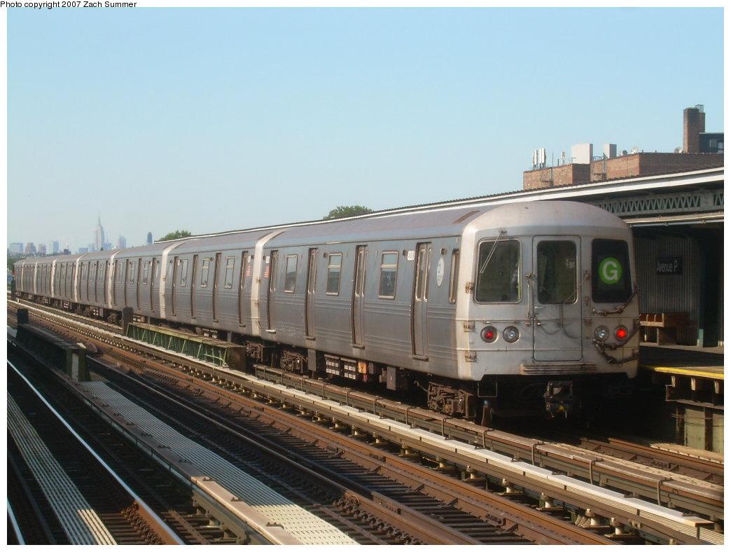 (189k, 1044x788)<br><b>Country:</b> United States<br><b>City:</b> New York<br><b>System:</b> New York City Transit<br><b>Line:</b> BMT Culver Line<br><b>Location:</b> Avenue P<br><b>Route:</b> G<br><b>Car:</b> R-46 (Pullman-Standard, 1974-75)  <br><b>Photo by:</b> Zach Summer<br><b>Date:</b> 8/12/2007<br><b>Viewed (this week/total):</b> 3 / 2218