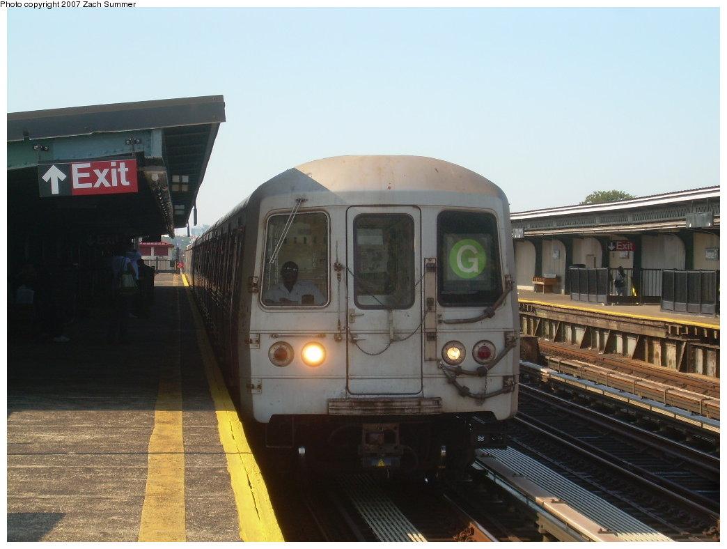 (174k, 1044x788)<br><b>Country:</b> United States<br><b>City:</b> New York<br><b>System:</b> New York City Transit<br><b>Line:</b> BMT Culver Line<br><b>Location:</b> Avenue P<br><b>Route:</b> G<br><b>Car:</b> R-46 (Pullman-Standard, 1974-75)  <br><b>Photo by:</b> Zach Summer<br><b>Date:</b> 8/12/2007<br><b>Viewed (this week/total):</b> 5 / 2588