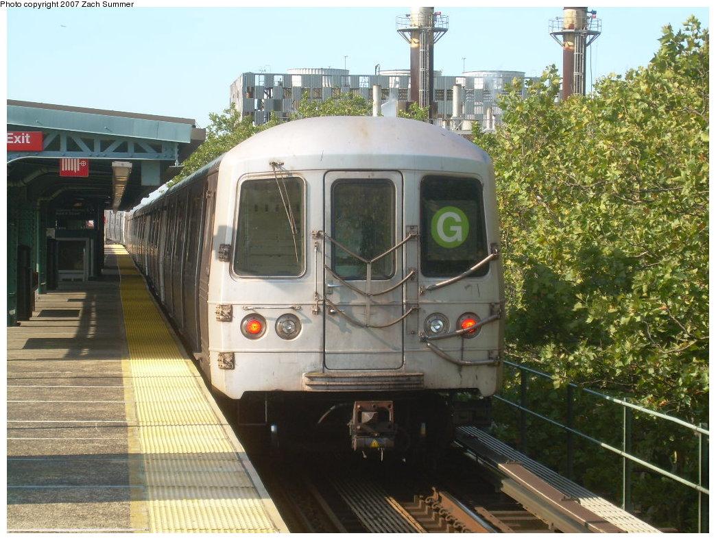 (248k, 1044x788)<br><b>Country:</b> United States<br><b>City:</b> New York<br><b>System:</b> New York City Transit<br><b>Line:</b> BMT Culver Line<br><b>Location:</b> Neptune Avenue<br><b>Route:</b> G<br><b>Car:</b> R-46 (Pullman-Standard, 1974-75)  <br><b>Photo by:</b> Zach Summer<br><b>Date:</b> 8/12/2007<br><b>Viewed (this week/total):</b> 2 / 2270