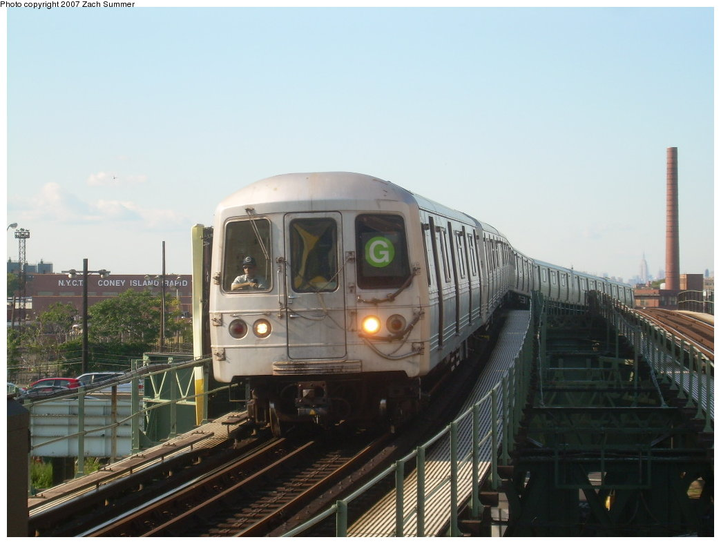 (171k, 1044x788)<br><b>Country:</b> United States<br><b>City:</b> New York<br><b>System:</b> New York City Transit<br><b>Line:</b> BMT Culver Line<br><b>Location:</b> Neptune Avenue<br><b>Route:</b> G<br><b>Car:</b> R-46 (Pullman-Standard, 1974-75)  <br><b>Photo by:</b> Zach Summer<br><b>Date:</b> 8/12/2007<br><b>Viewed (this week/total):</b> 5 / 2109