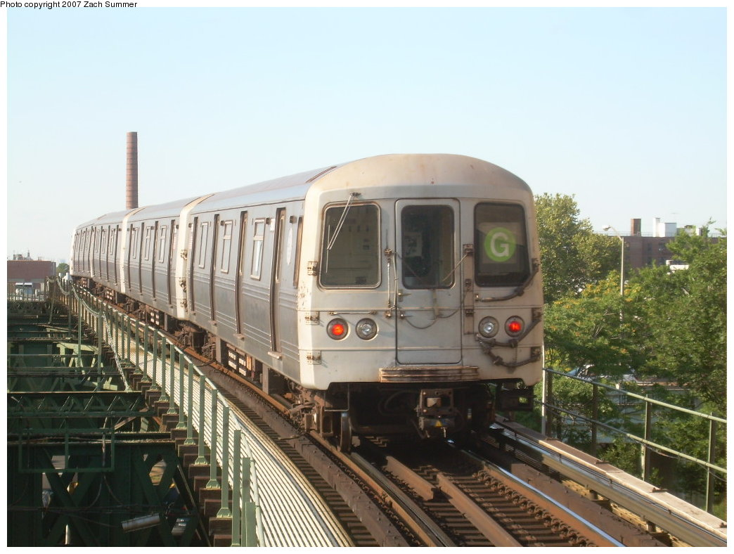 (199k, 1044x788)<br><b>Country:</b> United States<br><b>City:</b> New York<br><b>System:</b> New York City Transit<br><b>Line:</b> BMT Culver Line<br><b>Location:</b> Neptune Avenue<br><b>Route:</b> G<br><b>Car:</b> R-46 (Pullman-Standard, 1974-75)  <br><b>Photo by:</b> Zach Summer<br><b>Date:</b> 8/12/2007<br><b>Viewed (this week/total):</b> 3 / 2125