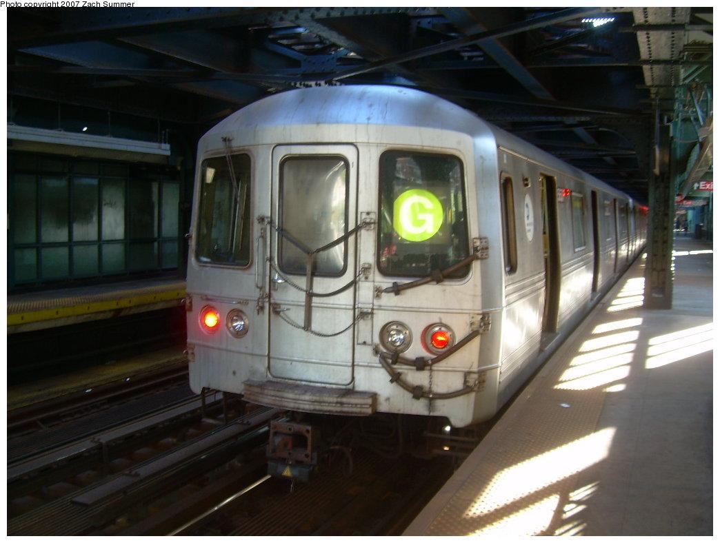 (172k, 1044x788)<br><b>Country:</b> United States<br><b>City:</b> New York<br><b>System:</b> New York City Transit<br><b>Line:</b> BMT Culver Line<br><b>Location:</b> West 8th Street<br><b>Route:</b> G<br><b>Car:</b> R-46 (Pullman-Standard, 1974-75)  <br><b>Photo by:</b> Zach Summer<br><b>Date:</b> 8/12/2007<br><b>Viewed (this week/total):</b> 4 / 2062