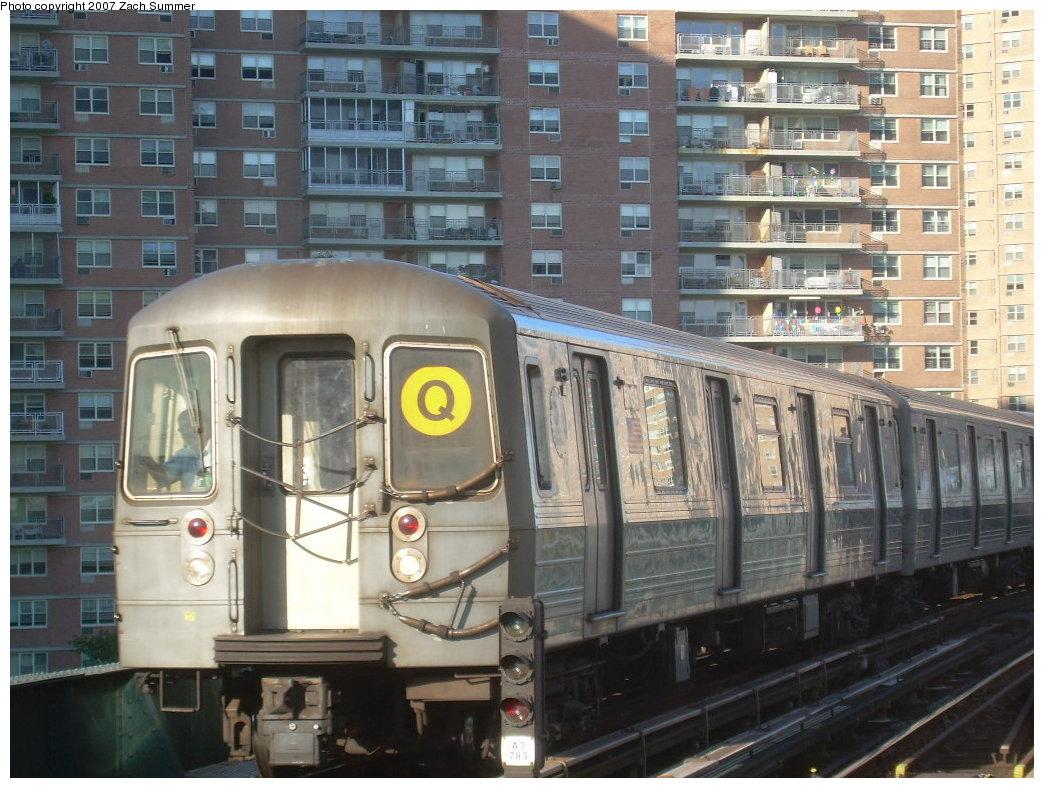 (228k, 1044x788)<br><b>Country:</b> United States<br><b>City:</b> New York<br><b>System:</b> New York City Transit<br><b>Line:</b> BMT Brighton Line<br><b>Location:</b> West 8th Street<br><b>Route:</b> Q<br><b>Car:</b> R-68A (Kawasaki, 1988-1989)  <br><b>Photo by:</b> Zach Summer<br><b>Date:</b> 8/12/2007<br><b>Viewed (this week/total):</b> 4 / 1840