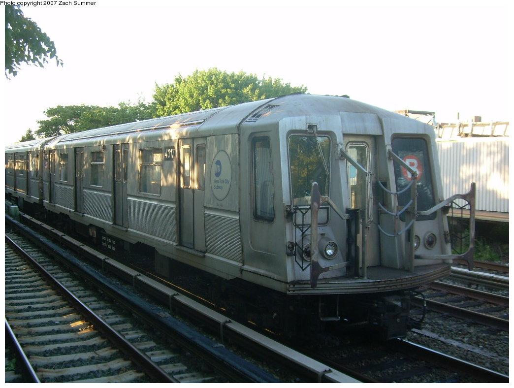 (191k, 1044x788)<br><b>Country:</b> United States<br><b>City:</b> New York<br><b>System:</b> New York City Transit<br><b>Line:</b> BMT Brighton Line<br><b>Location:</b> Neck Road<br><b>Route:</b> B<br><b>Car:</b> R-40 (St. Louis, 1968) 4317 <br><b>Photo by:</b> Zach Summer<br><b>Date:</b> 8/12/2007<br><b>Notes:</b> Layup train at Neck Rd.<br><b>Viewed (this week/total):</b> 4 / 2050