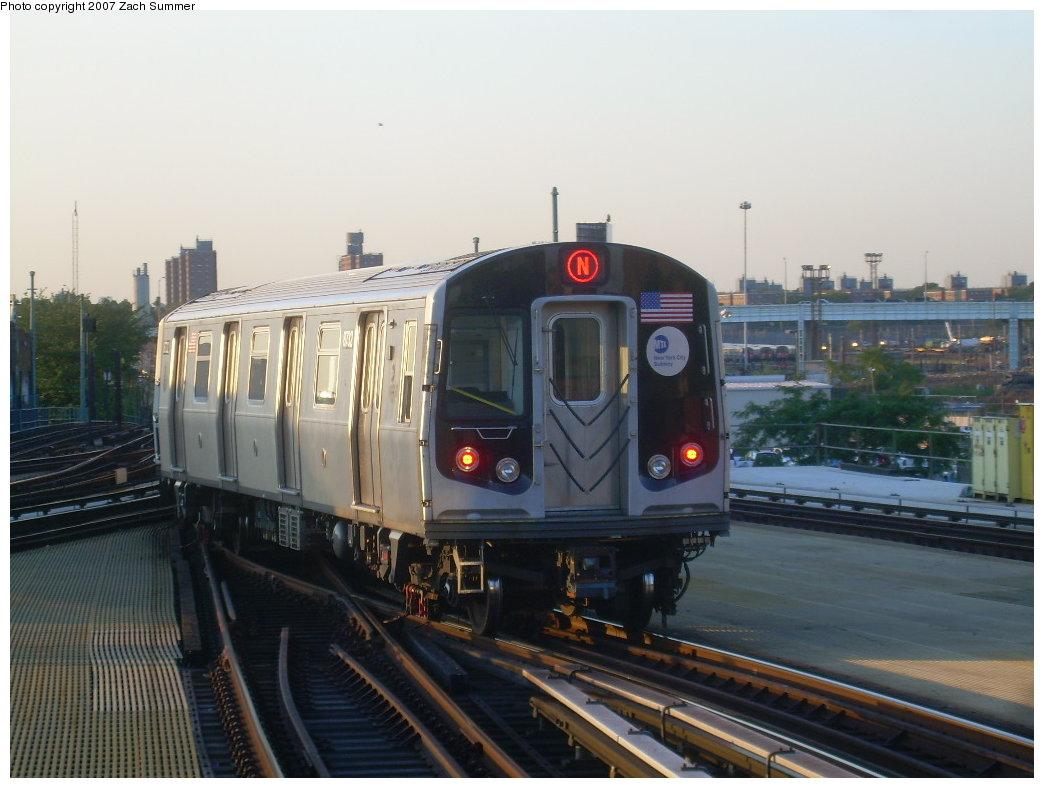 (178k, 1044x788)<br><b>Country:</b> United States<br><b>City:</b> New York<br><b>System:</b> New York City Transit<br><b>Location:</b> Coney Island/Stillwell Avenue<br><b>Route:</b> N<br><b>Car:</b> R-160B (Kawasaki, 2005-2008) 8732 <br><b>Photo by:</b> Zach Summer<br><b>Date:</b> 8/12/2007<br><b>Viewed (this week/total):</b> 4 / 2595