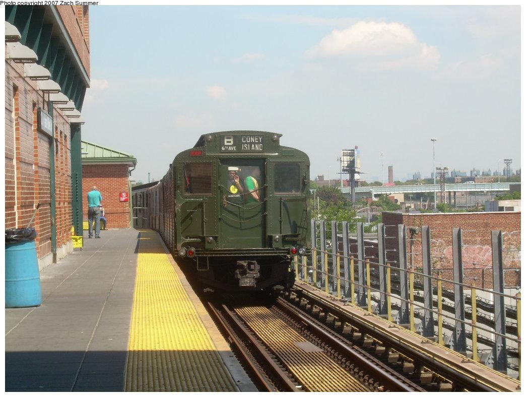 (215k, 1044x788)<br><b>Country:</b> United States<br><b>City:</b> New York<br><b>System:</b> New York City Transit<br><b>Location:</b> Coney Island/Stillwell Avenue<br><b>Route:</b> Fan Trip<br><b>Car:</b> R-1 (American Car & Foundry, 1930-1931) 100 <br><b>Photo by:</b> Zach Summer<br><b>Date:</b> 8/12/2007<br><b>Viewed (this week/total):</b> 16 / 2489