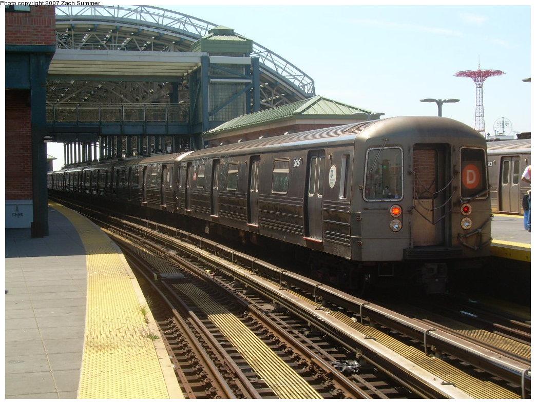(237k, 1044x788)<br><b>Country:</b> United States<br><b>City:</b> New York<br><b>System:</b> New York City Transit<br><b>Location:</b> Coney Island/Stillwell Avenue<br><b>Route:</b> D<br><b>Car:</b> R-68 (Westinghouse-Amrail, 1986-1988) 2656 <br><b>Photo by:</b> Zach Summer<br><b>Date:</b> 8/12/2007<br><b>Viewed (this week/total):</b> 3 / 2014