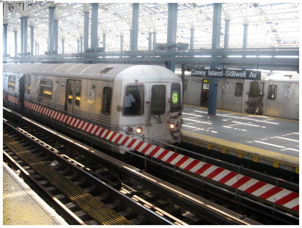 (184k, 1044x788)<br><b>Country:</b> United States<br><b>City:</b> New York<br><b>System:</b> New York City Transit<br><b>Location:</b> Coney Island/Stillwell Avenue<br><b>Route:</b> G<br><b>Car:</b> R-46 (Pullman-Standard, 1974-75) 5740 <br><b>Photo by:</b> Jorge Catayi<br><b>Date:</b> 8/12/2007<br><b>Viewed (this week/total):</b> 4 / 2384