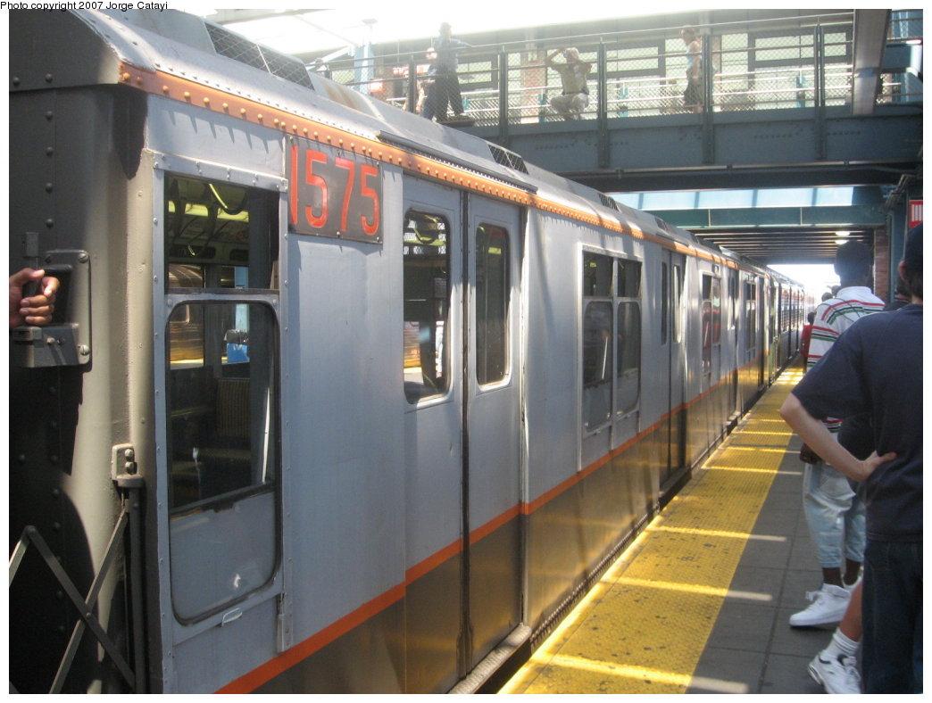 (163k, 1044x788)<br><b>Country:</b> United States<br><b>City:</b> New York<br><b>System:</b> New York City Transit<br><b>Location:</b> Coney Island/Stillwell Avenue<br><b>Route:</b> Fan Trip<br><b>Car:</b> R-7A (Pullman, 1938) 1575 <br><b>Photo by:</b> Jorge Catayi<br><b>Date:</b> 8/12/2007<br><b>Viewed (this week/total):</b> 2 / 2115