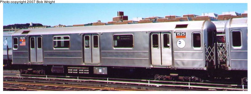 (58k, 820x309)<br><b>Country:</b> United States<br><b>City:</b> New York<br><b>System:</b> New York City Transit<br><b>Location:</b> 207th Street Yard<br><b>Car:</b> R-62 (Kawasaki, 1983-1985) 1525 <br><b>Photo by:</b> Bob Wright<br><b>Date:</b> 8/24/2003<br><b>Viewed (this week/total):</b> 4 / 2221