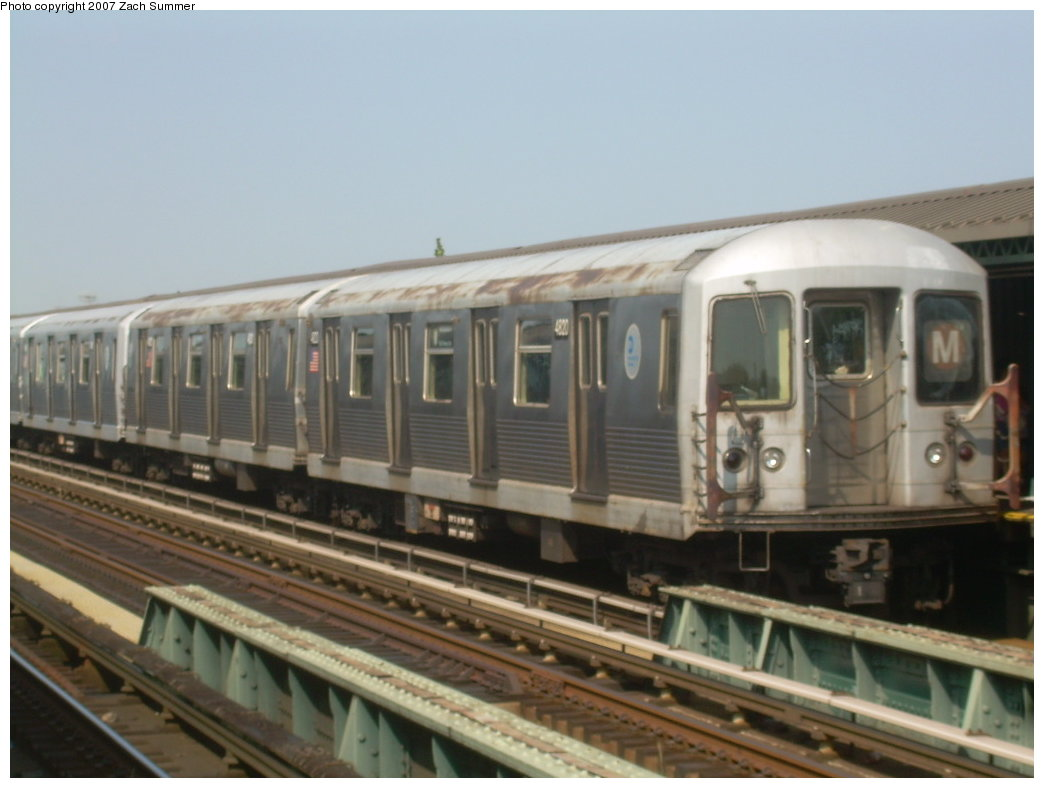 (157k, 1044x788)<br><b>Country:</b> United States<br><b>City:</b> New York<br><b>System:</b> New York City Transit<br><b>Line:</b> BMT West End Line<br><b>Location:</b> 71st Street<br><b>Route:</b> M<br><b>Car:</b> R-42 (St. Louis, 1969-1970) 4820 <br><b>Photo by:</b> Zach Summer<br><b>Date:</b> 8/29/2007<br><b>Viewed (this week/total):</b> 0 / 2223