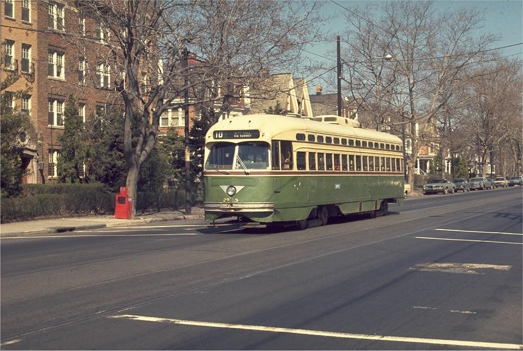 (255k, 1024x688)<br><b>Country:</b> United States<br><b>City:</b> Philadelphia, PA<br><b>System:</b> SEPTA (or Predecessor)<br><b>Line:</b> Rt. 10-Overbrook<br><b>Location:</b> 63rd/Jefferson<br><b>Route:</b> 10<br><b>Car:</b> PTC/SEPTA Postwar All-electric PCC (St.Louis, 1947) 2713 <br><b>Collection of:</b> Joe Testagrose<br><b>Date:</b> 3/28/1973<br><b>Viewed (this week/total):</b> 0 / 1975