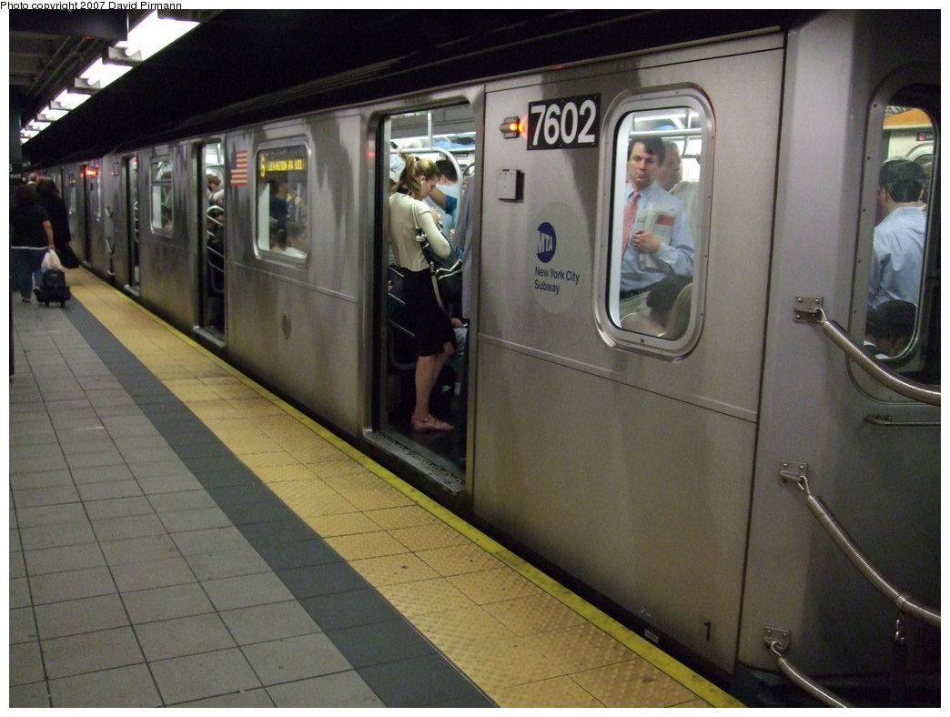 (156k, 1044x788)<br><b>Country:</b> United States<br><b>City:</b> New York<br><b>System:</b> New York City Transit<br><b>Line:</b> IRT East Side Line<br><b>Location:</b> 86th Street<br><b>Route:</b> 6<br><b>Car:</b> R-142A (Primary Order, Kawasaki, 1999-2002) 7602 <br><b>Photo by:</b> David Pirmann<br><b>Date:</b> 9/21/2007<br><b>Viewed (this week/total):</b> 1 / 4847