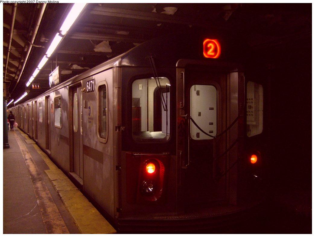 (174k, 1044x788)<br><b>Country:</b> United States<br><b>City:</b> New York<br><b>System:</b> New York City Transit<br><b>Line:</b> IRT East Side Line<br><b>Location:</b> 110th Street<br><b>Route:</b> 2<br><b>Car:</b> R-142 (Primary Order, Bombardier, 1999-2002) 6471 <br><b>Photo by:</b> Danny Molina<br><b>Date:</b> 9/20/2007<br><b>Viewed (this week/total):</b> 1 / 5607