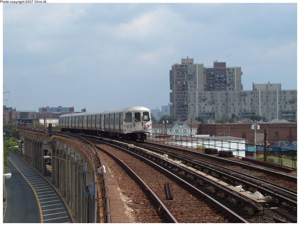 (167k, 1044x788)<br><b>Country:</b> United States<br><b>City:</b> New York<br><b>System:</b> New York City Transit<br><b>Line:</b> IND Rockaway Line<br><b>Location:</b> Beach 67th Street/Gaston Avenue<br><b>Route:</b> S<br><b>Car:</b> R-44 (St. Louis, 1971-73)  <br><b>Photo by:</b> Chris M.<br><b>Date:</b> 10/7/2007<br><b>Viewed (this week/total):</b> 1 / 2154