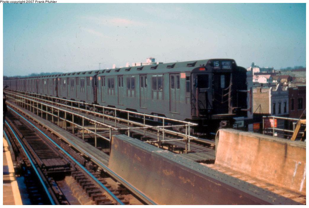 (182k, 1044x704)<br><b>Country:</b> United States<br><b>City:</b> New York<br><b>System:</b> New York City Transit<br><b>Line:</b> BMT Nassau Street-Jamaica Line<br><b>Location:</b> Queens Boulevard (Demolished)<br><b>Car:</b> R-10 (American Car & Foundry, 1948)  <br><b>Photo by:</b> Frank Pfuhler<br><b>Date:</b> 3/20/1955<br><b>Viewed (this week/total):</b> 2 / 5567